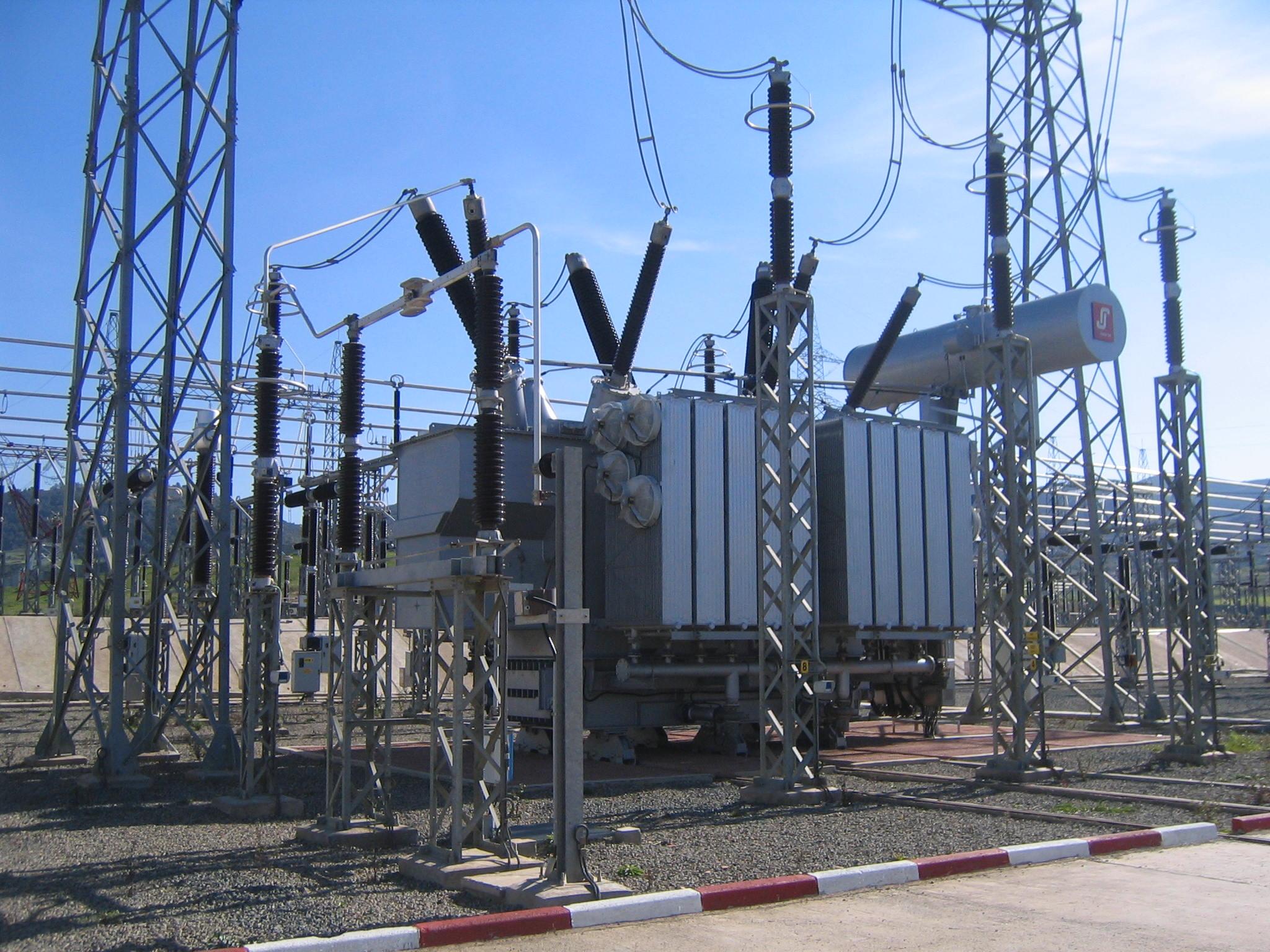 électricité sous tension